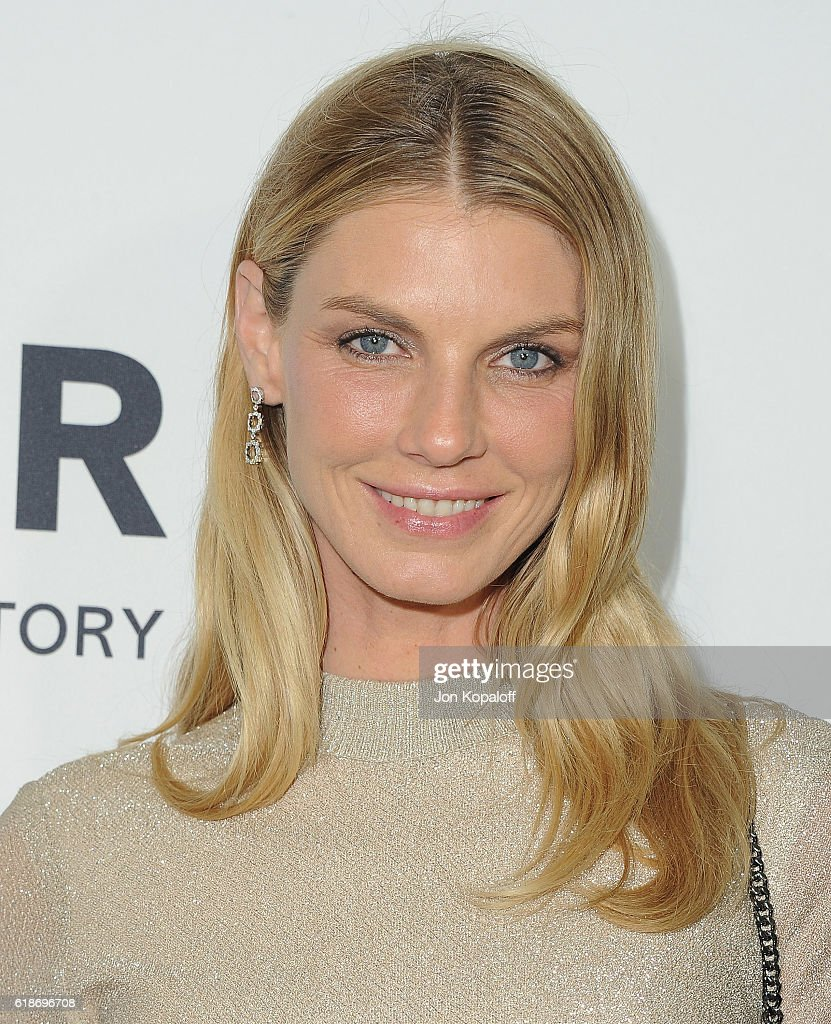 Model Angela Lindvall arrives at amfAR's Inspiration Gala Los Angeles at Milk Studios on October 27, 2016 in Hollywood, California.