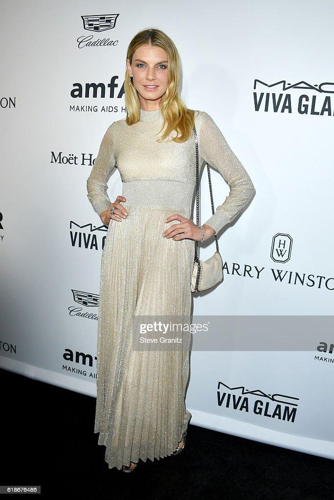 Model Angela Lindvall attends amfAR's Inspiration Gala Los Angeles at Milk Studios on October 27, 2016 in Hollywood, California.