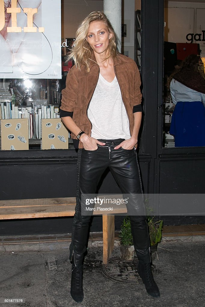 Anja Rubik's Signing Session At OFR Bookstore in Paris : News Photo