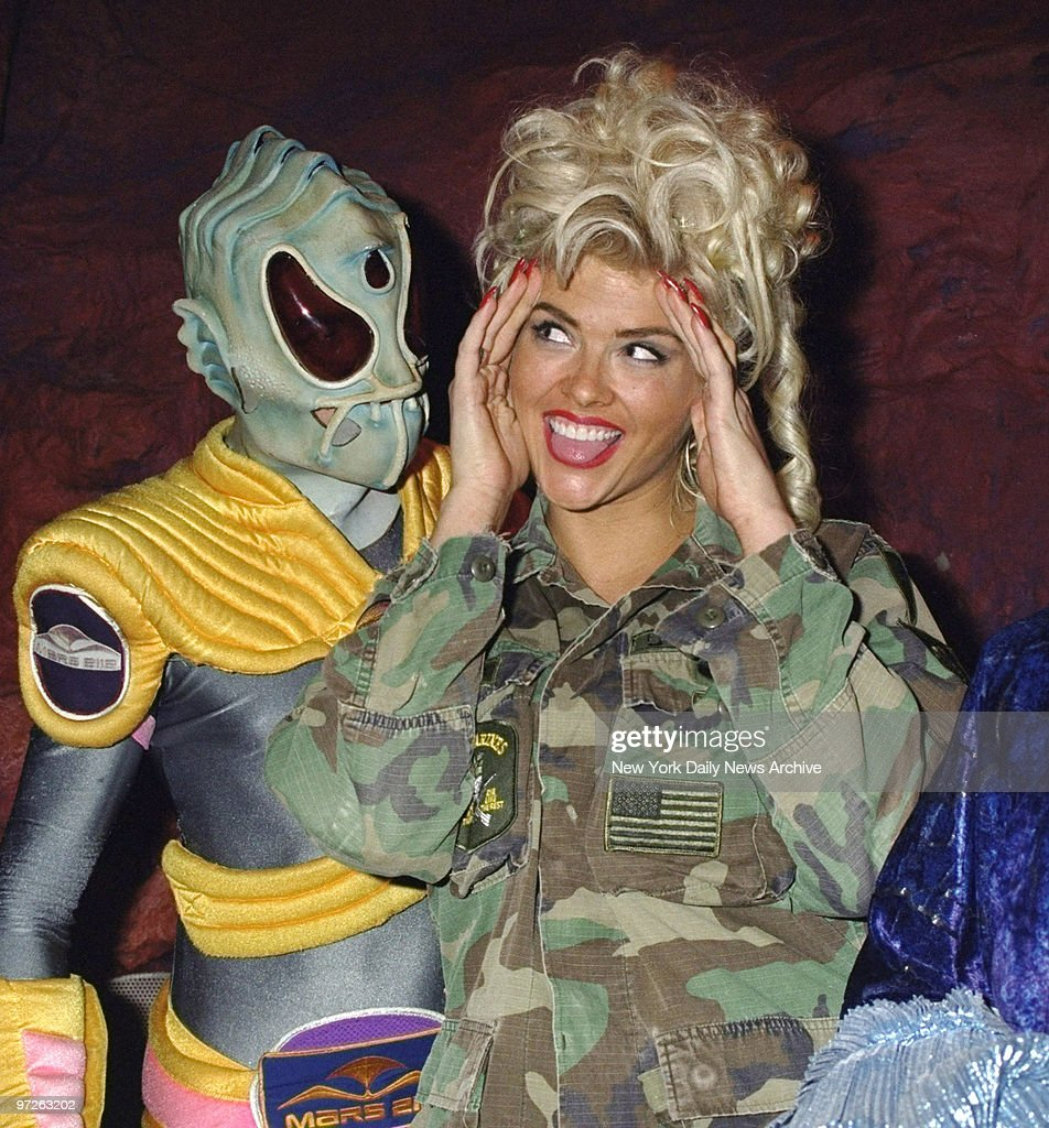 Model Anna Nicole Smith gets to meet one of the u0027Martiansu0027 a  sc 1 st  Getty Images & Model Anna Nicole Smith gets to meet one of the u0027Martiansu0027 a ...