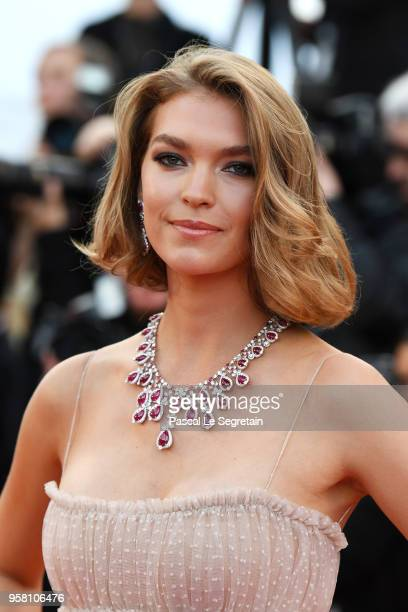 Model Arizona Muse attends the screening of Sink Or Swim during the 71st annual Cannes Film Festival at Palais des Festivals on May 13 2018 in Cannes...