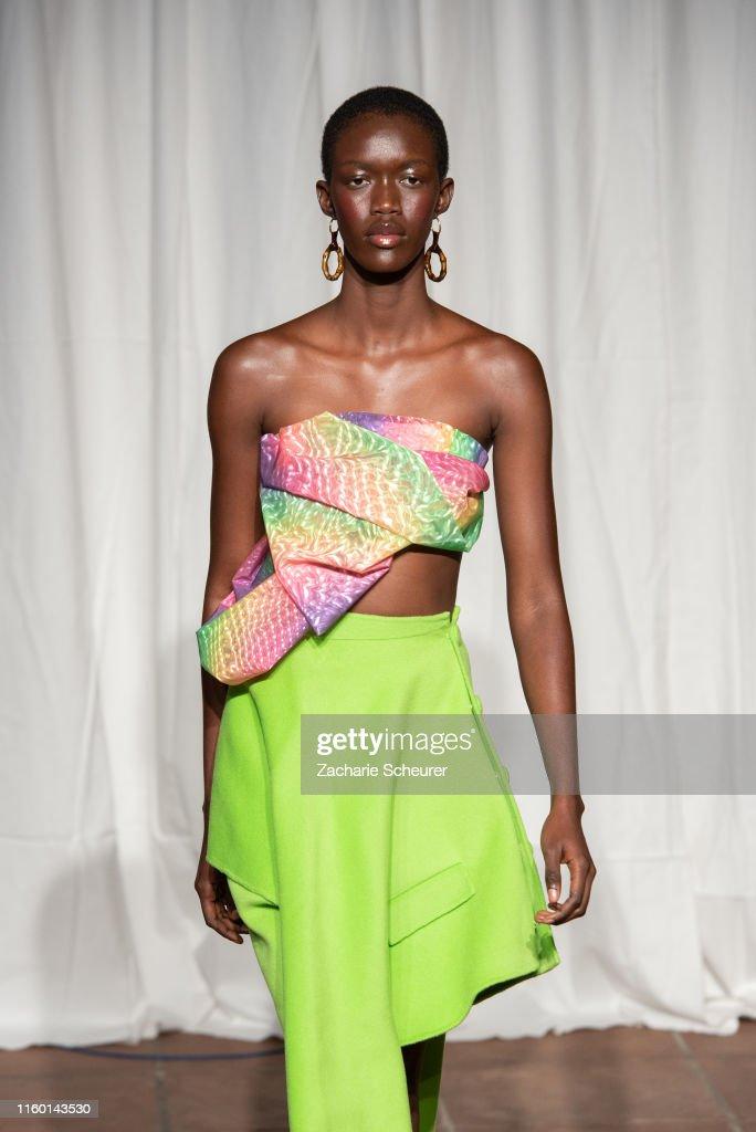 William Fan Fashion Show In Berlin : Nachrichtenfoto