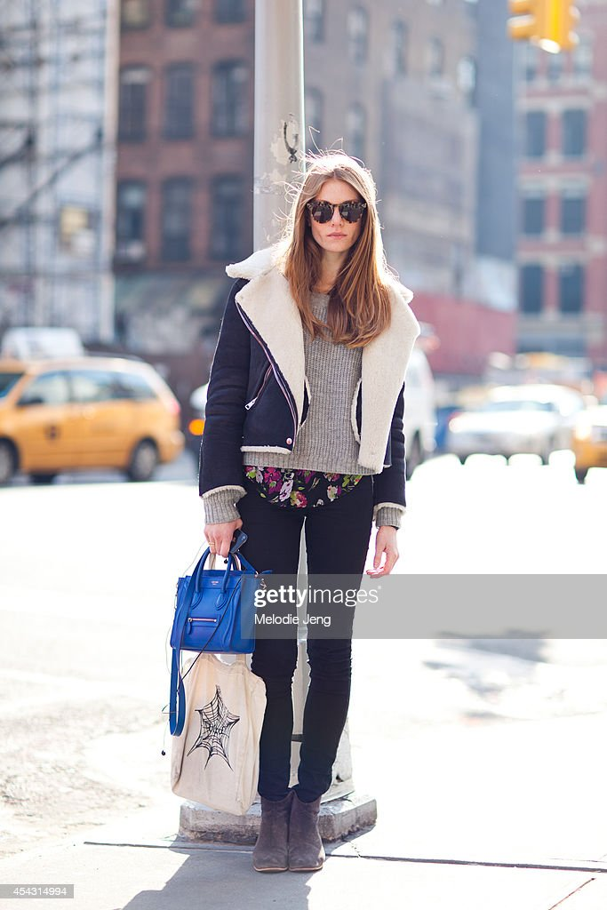 Street Style - Archive : News Photo