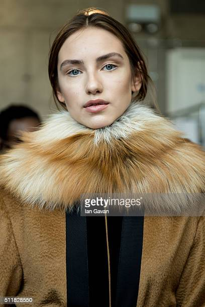 A model backstage ahead of the Amanda Wakeley show during London Fashion Week Autumn/Winter 2016/17 at 2 Pancras Square on February 23 2016 in London...