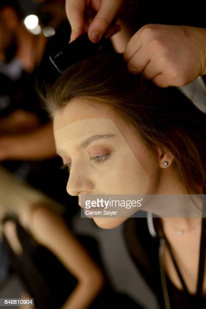A model backstage ahead of the DB Berdan show during MercedesBenz Istanbul Fashion Week September 2017 at Zorlu Center on September 14 2017 in...