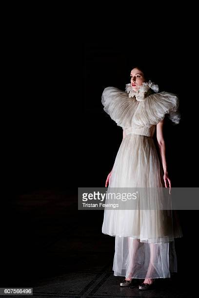 A model backstage ahead of the FeiFei Cicada show during London Fashion Week Spring/Summer collections 2017 on September 18 2016 in London United...