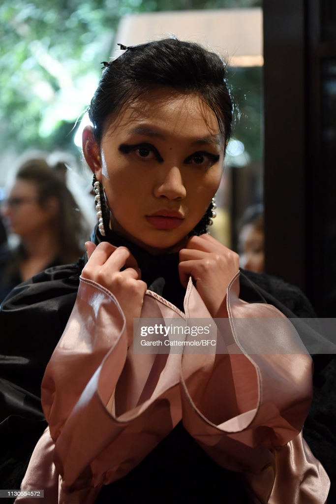 GBR: Huishan Zhang - Backstage - LFW February 2019