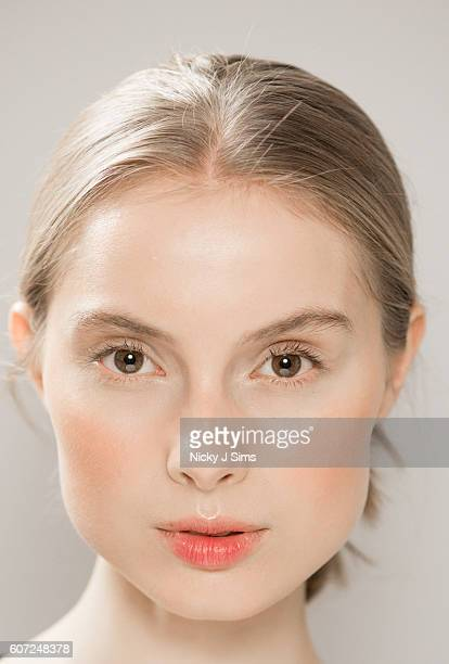 A model backstage ahead of the Jasper Conran runway show during London Fashion Week Spring/Summer collections 2017 on September 17 2016 in London...