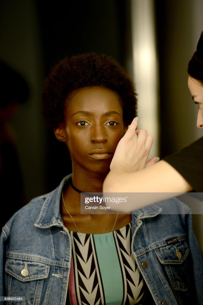 A model backstage ahead of the Mehmet Korkmaz show during Mercedes-Benz Istanbul Fashion Week September 2017 at Zorlu Center on September 13, 2017 in Istanbul, Turkey.