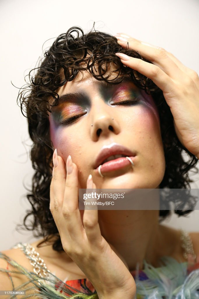 On|Off - Backstage - LFW September 2019 : News Photo