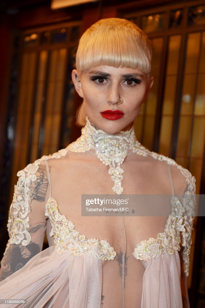 GBR: Pam Hogg - Backstage - LFW February 2019