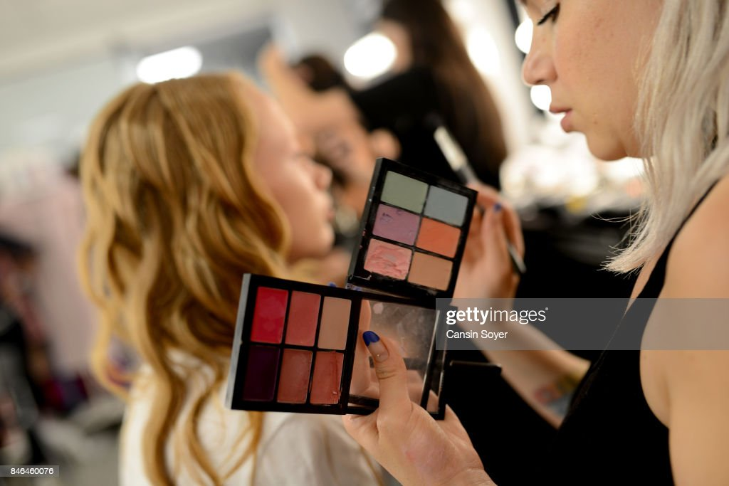 A model backstage ahead of the Umit Kutluk show during Mercedes-Benz Istanbul Fashion Week September 2017 at Zorlu Center on September 13, 2017 in Istanbul, Turkey.