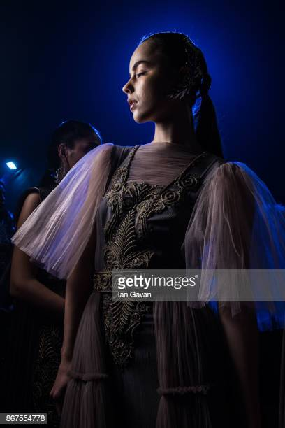 A model backstage ahead of the Zareena show during Fashion Forward October 2017 held at the Dubai Design District on October 28 2017 in Dubai United...