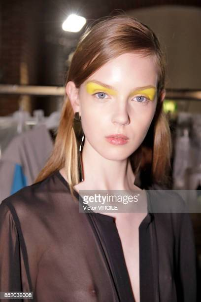 A model backstage at the Anteprima Ready to Wear Spring Summer 2018 fashion show during Milan Fashion Week Spring/Summer 2018 on September 21 2017 in...