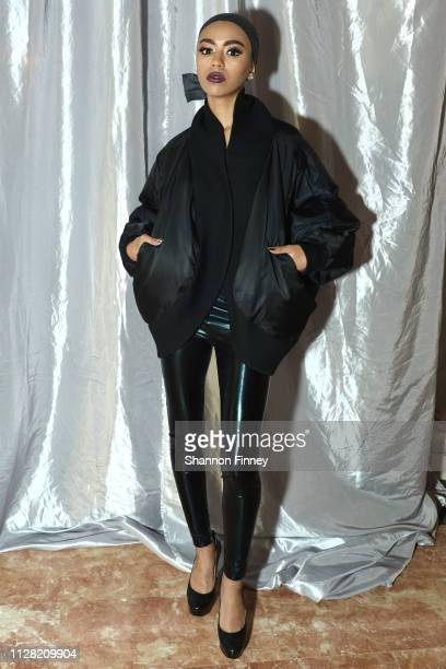 A model backstage at the District of Fashion Fall/Winter 2019 Runway Show on February 07 2019 at the National Museum of Women in the Arts in...