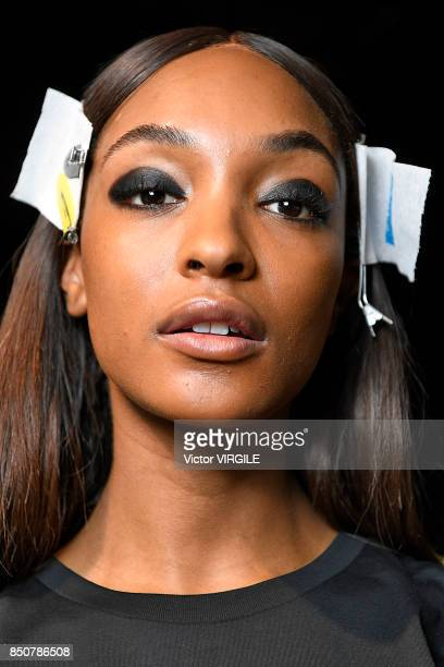 A model backstage at the Tommy Hilfiger Ready to Wear Spring/Summer 2018 fashion show during London Fashion Week September 2017 on September 19 2017...