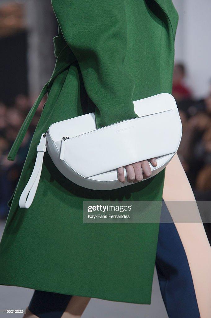 Cedric Charlier : Runway - Paris Fashion Week Womenswear Fall/Winter 2015/2016 : News Photo