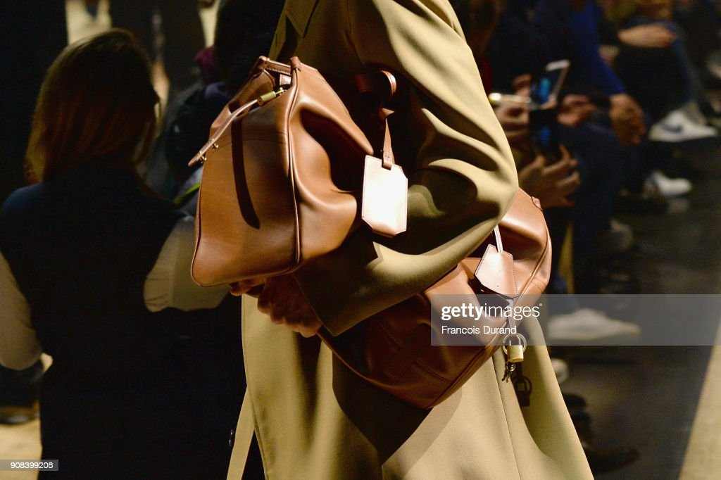 Dunhill London : Runway - Paris Fashion Week - Menswear F/W 2018-2019 : ニュース写真