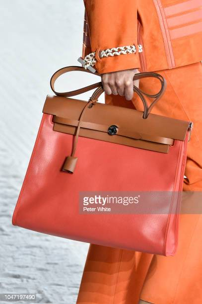 A model bag detail walks the runway during the Hermes show as part of the Paris Fashion Week Womenswear Spring/Summer 2019 on September 29 2018 in...