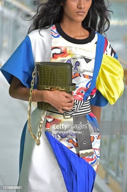 Model, bag detail, walks the runway during the Louis Vuitton Womenswear Spring/Summer 2021 show as part of Paris Fashion Week on October 06, 2020 in...