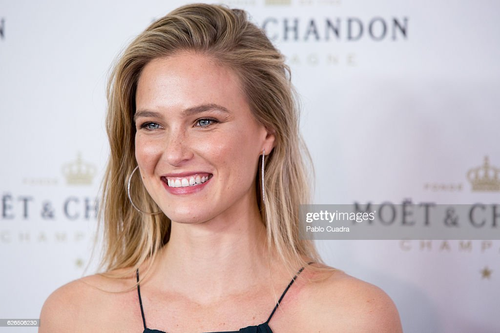 Bar Refaeli And'Moet & Chandon' Celebrates New Year's Eve