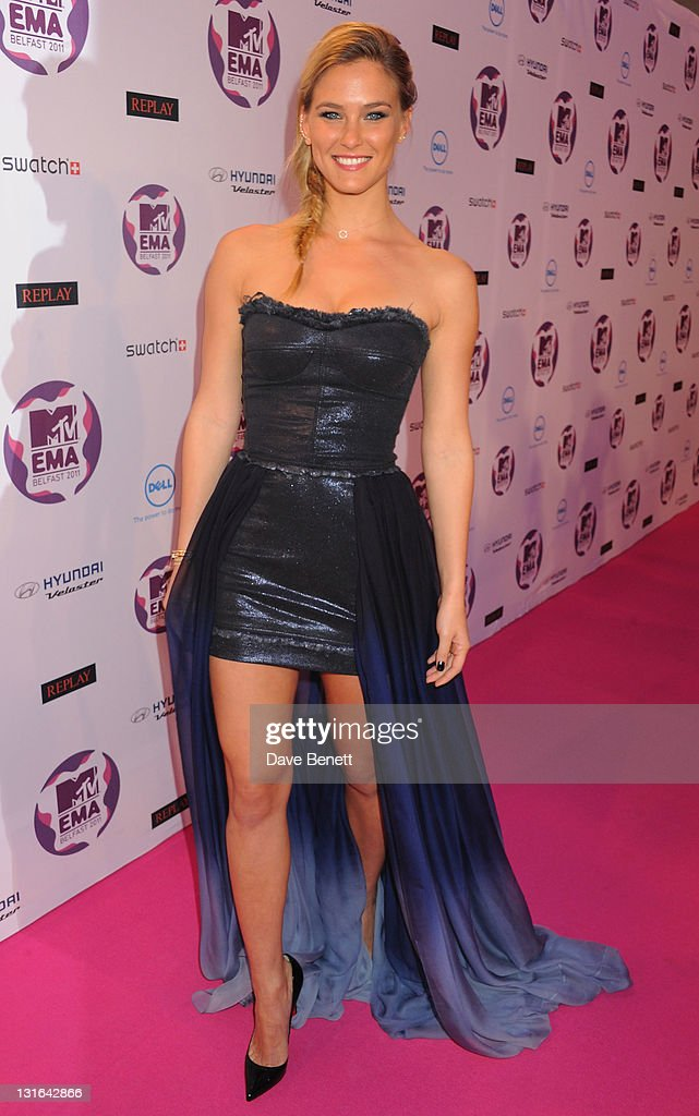 Model Bar Refaeli attends the MTV Europe Music Awards 2011 at the Odyssey Arena on November 6, 2011 in Belfast, Northern Ireland.
