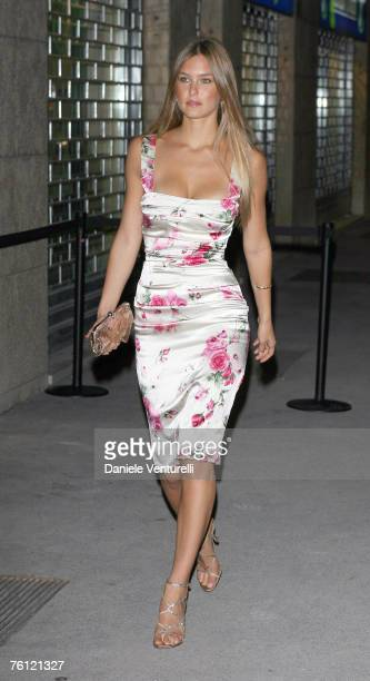Model Bar Refaeli girlfriend of Leonardo DiCaprio arrives at the Dolce Gabbana dinner during Milan Fashion Week on September 28 2006 at Restaurant...