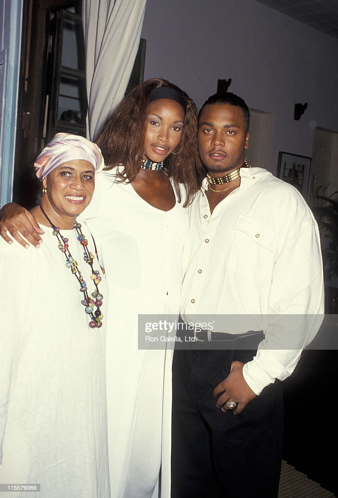 Model Beverly Peele Husband Jeffrey Alexander And Mother Attend