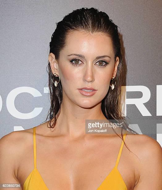 Bianca Booth Nude Photos 17