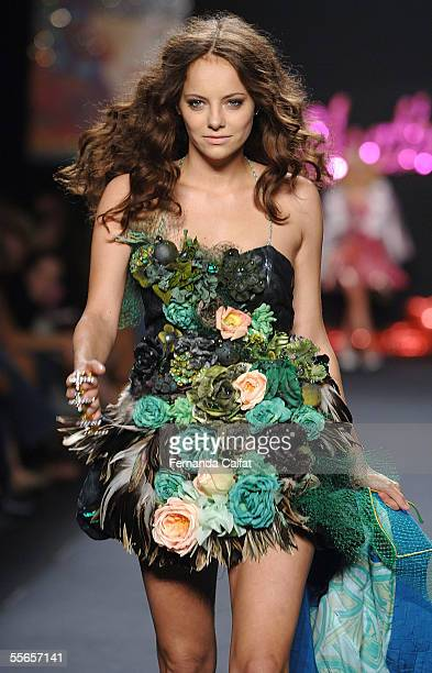 Model Bijou Phillips walks the runway at the Heatherette Spring 2006 fashion show during Olympus Fashion Week at Bryant Park September 16 2005 in New...