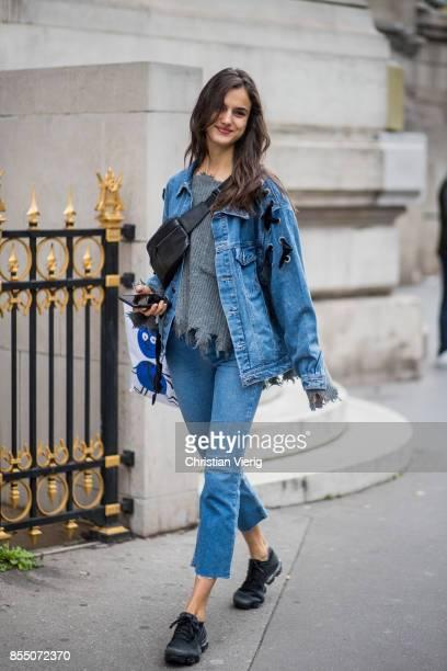 Model Blanca Padilla wearing denim jacket cropped denim jeans seen outside Balmain during Paris Fashion Week Spring/Summer 2018 on September 28 2017...