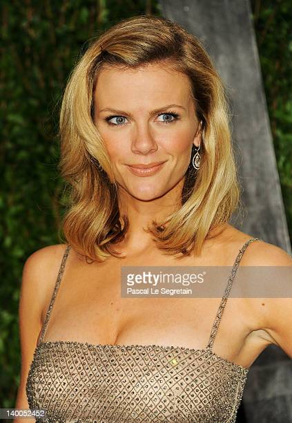 Model Brooklyn Decker arrives at the 2012 Vanity Fair Oscar Party hosted by Graydon Carter at Sunset Tower on February 26 2012 in West Hollywood...