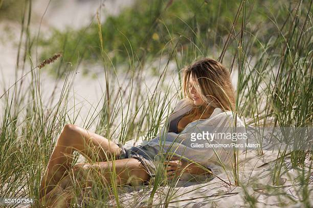 Model businesswoman television presenter Elle Macpherson is photographed for Paris Match on March 6 2016 in Grand Bahama Bahamas