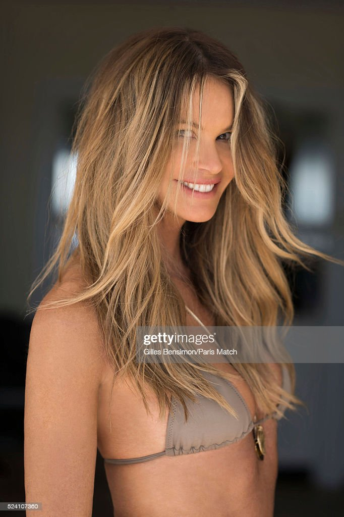 Elle Macpherson, Paris Match Issue 3492, April 27, 2016