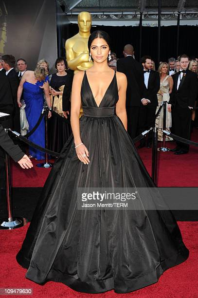 Model Camila Alves arrives at the 83rd Annual Academy Awards held at the Kodak Theatre on February 27 2011 in Hollywood California