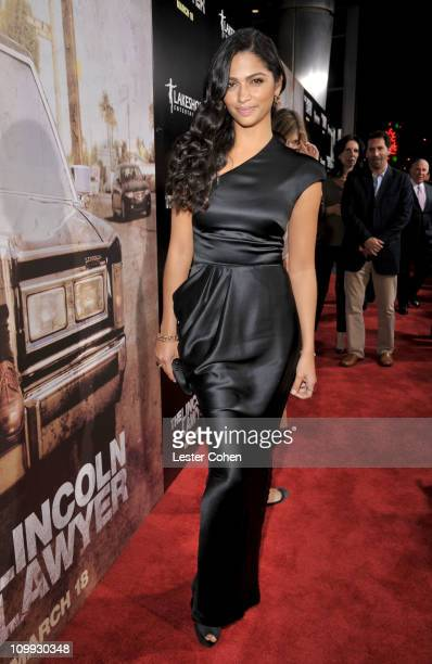 """Model Camila Alves arrives at the """"The Lincoln Lawyer"""" Los Angeles screening held at ArcLight Cinemas on March 10, 2011 in Hollywood, California."""
