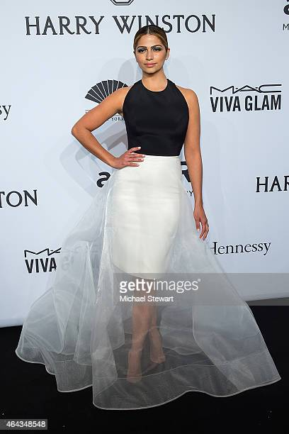 Model Camila Alves attends the 2015 amfAR New York Gala at Cipriani Wall Street on February 11 2015 in New York City