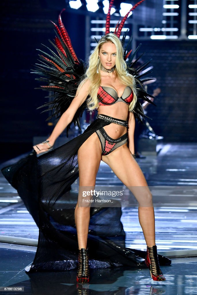 Model Candice Swanepoel walks the runway during the 2017 Victoria's Secret Fashion Show In Shanghai at Mercedes-Benz Arena on November 20, 2017 in Shanghai, China.