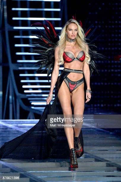 Model Candice Swanepoel walks the runway during the 2017 Victoria's Secret Fashion Show In Shanghai at MercedesBenz Arena on November 20 2017 in...