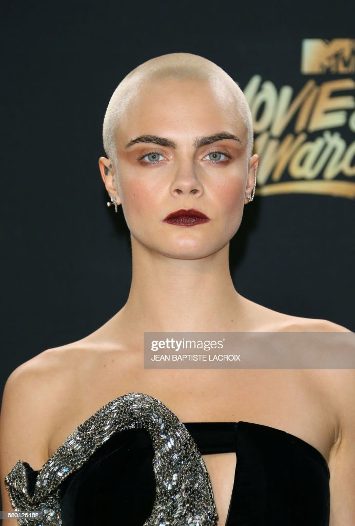 Model Cara Delevingne Arrives For The 2017 Mtv Movie Tv Awards
