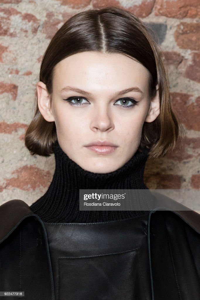Alberta Ferretti - Backstage - Milan Fashion Week Fall/Winter 2018/19 : Photo d'actualité
