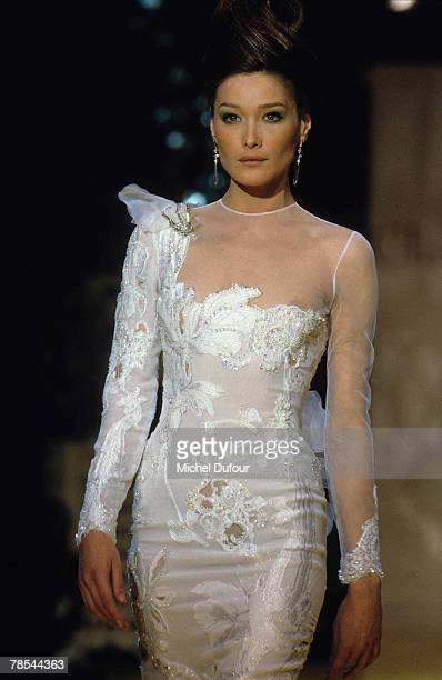 PARIS Model Carla Bruni poses at a Dior High Fashion show in Paris France According to reports December 18 2007 French President Nicolas Sarkozy has...