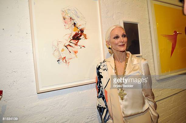 Model Carmen Dell'Orefice attends For Arts Sake June 11 2008 at the Openhouse Gallery in New YorkCity