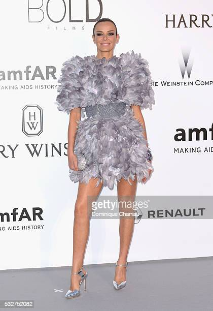 Model Carolina Parsons attends the amfAR's 23rd Cinema Against AIDS Gala at Hotel du CapEdenRoc on May 19 2016 in Cap d'Antibes France
