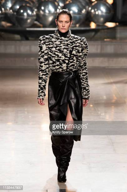 Model Catherine McNeil walks the runway during the Isabel Marant show as part of Paris Fashion Week Womenswear Fall/Winter 2019/2020 on February 28...