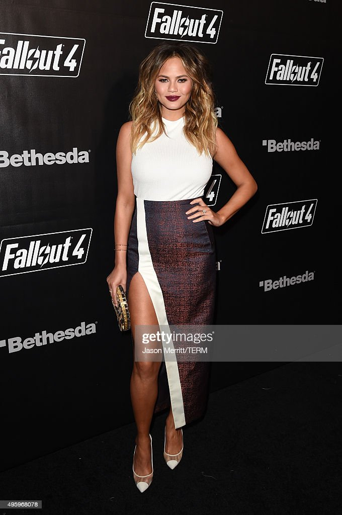 Fallout 4 Video Game Launch Event - Los Angeles, CA : News Photo