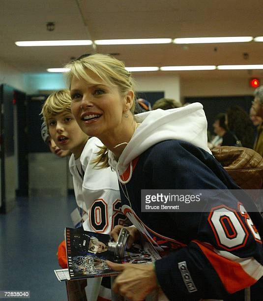 Model Christie Brinkley attends the New York Islander home game against the Atlanta Thrashers on December 16 2006 at the Nassau Coliseum in Uniondale...