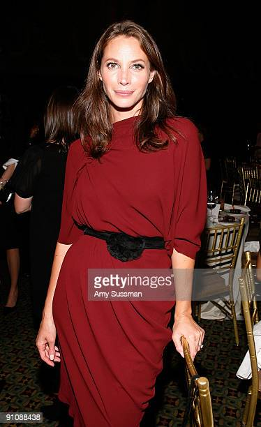 Model Christy Turlington attends the 4th Important Dinner for Women hosted by HM Queen Rania Al Abdullah Wendi Murdoch and Indra Nooyi at Cipriani...