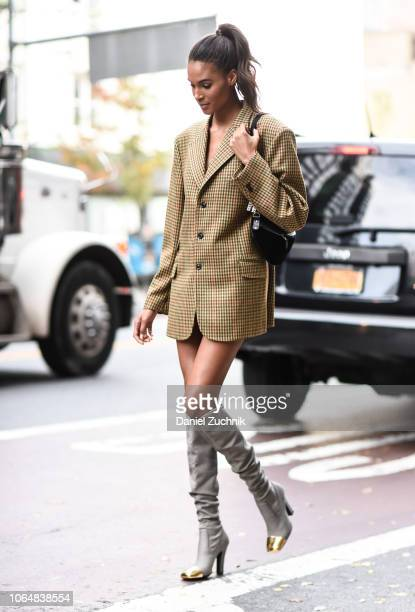 Street Style New York City November Stock Photos and Pictures |