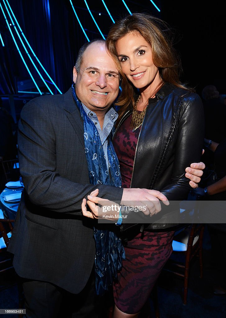 Model Cindy Crawford (R) and Brian Edwards attend the 28th Annual Rock and Roll Hall of Fame Induction Ceremony at Nokia Theatre L.A. Live on April 18, 2013 in Los Angeles, California.
